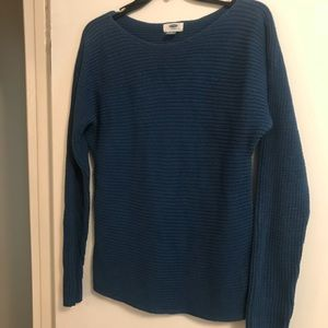 Good condition comfy sweater!